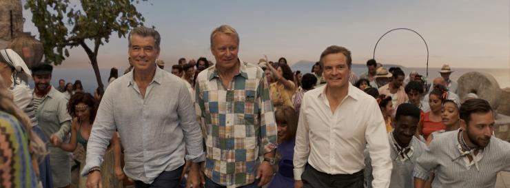 mamma-mia-here-we-go-again-mit-colin-firth-pierce-brosnan-und-stellan-skarsgard