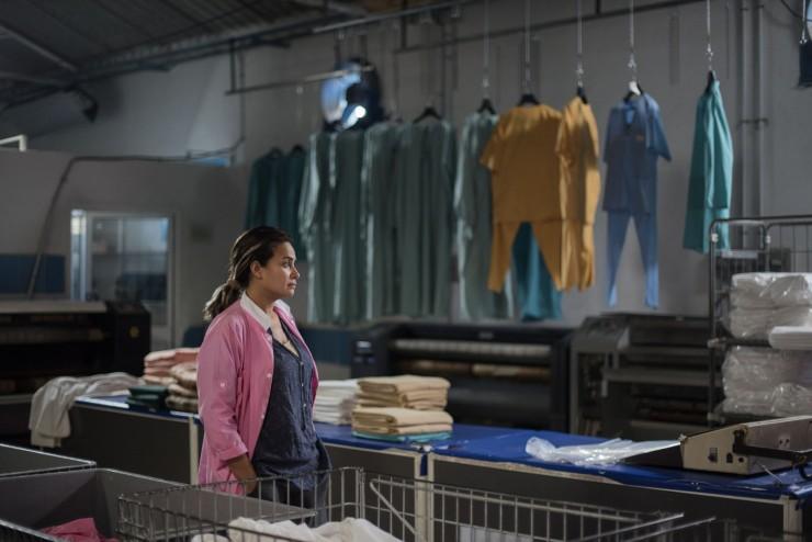 Hend-Sabri-interprete-Noura-femme-empetree-reves-liberte-interdits-corsetent-encore-Tunisiennes_0_1399_934.jpg
