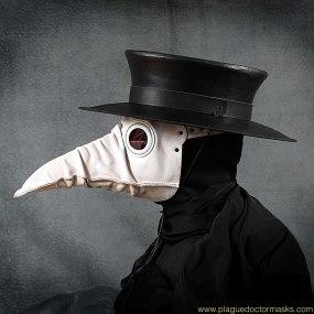 white_plague_doctor_mask.jpg